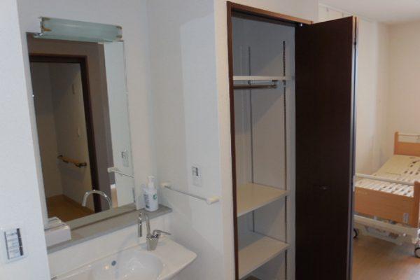 居室洗面+収納